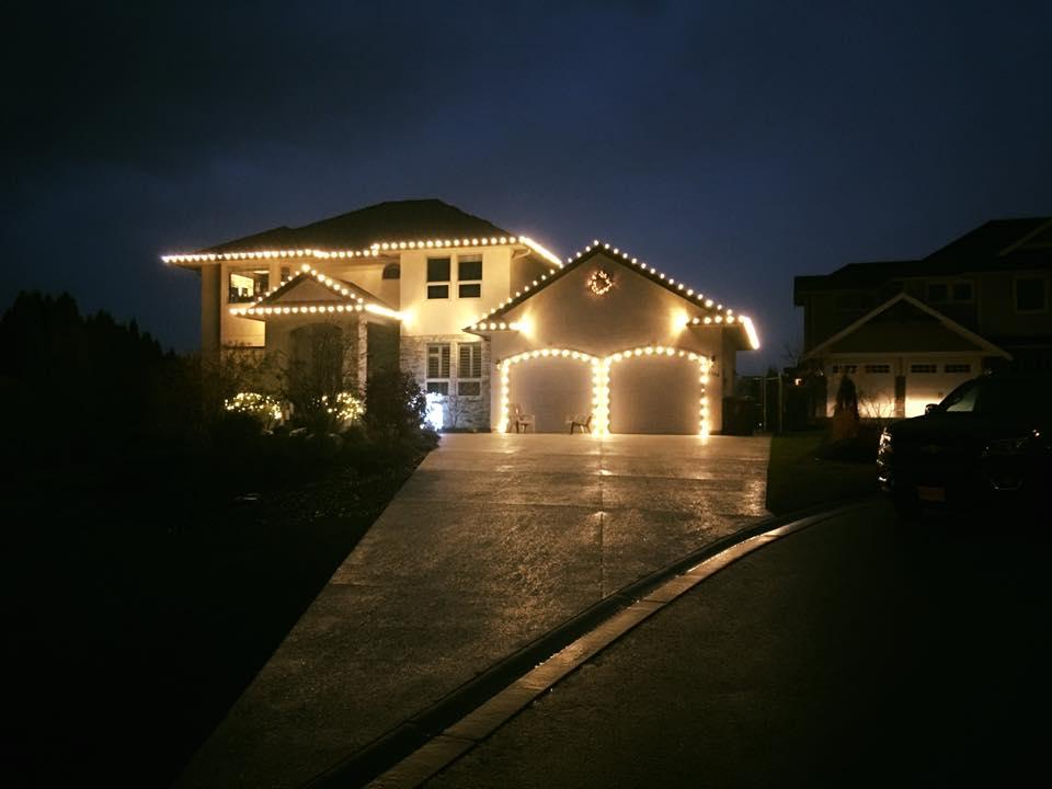 Custom Fit Holiday Lights